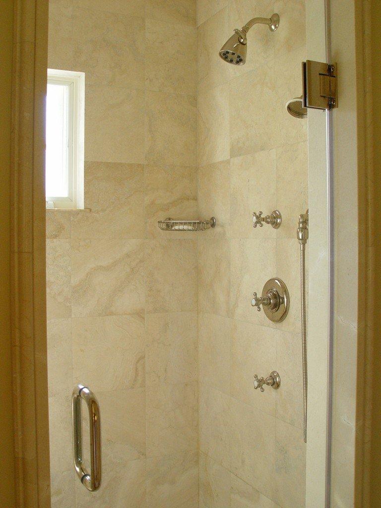 bath_Green_shower
