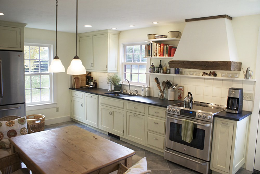 Farmhouse kitchen for a retiring Manhattan couple